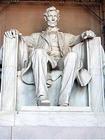 リンカーンの銅像