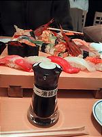一滴醤油と寿司。